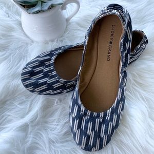 LUCKY BRAND Echo 2 Flat Arrows Ballet Flat Navy 9